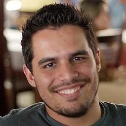 Douglas Aguiar